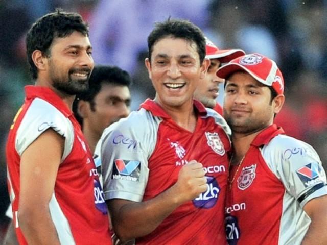 Kolkata Night Riders pick Azhar Mahmood in the squad for IPL 2015